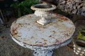 Garden table in iron, French
